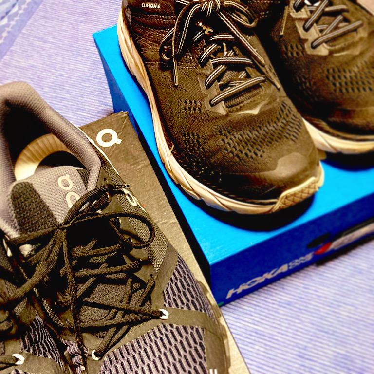 実際にジョギングして2足を比べてみました。